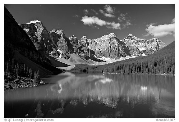 Moraine Lake reflecting the Wenkchemna Peaks, mid-morning. Banff National Park, Canadian Rockies, Alberta, Canada