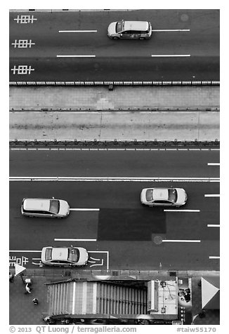 Taxis on street seen from above. Taipei, Taiwan