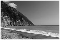 Gravel beach and turquoise waters. Taroko National Park, Taiwan (black and white)