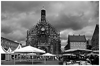 Liebfrauenkirche (church of Our Lady) and Hauptmarkt. Nurnberg, Bavaria, Germany ( black and white)