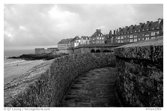 Along the ramparts of the old town, Saint Malo. Brittany, France (black and white)