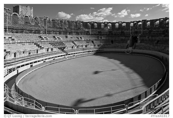 Inside the Roman amphitheater. Arles, Provence, France (black and white)