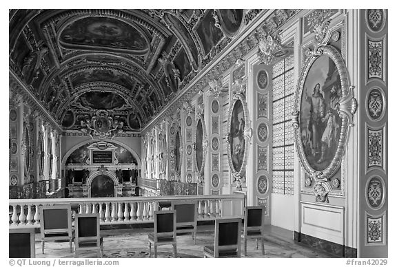 Chapel seen from upper floor, Fontainebleau Palace. France (black and white)