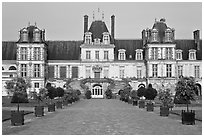 Cour des Adieux, Fontainebleau Palace. France ( black and white)
