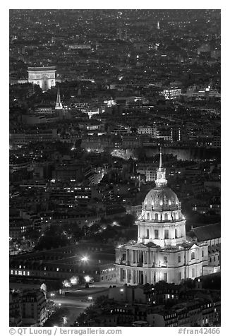 Invalides and Arc de Triomphe at night. Paris, France