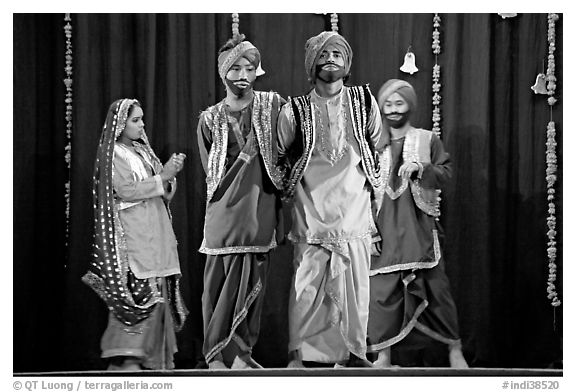 Traditional dances. New Delhi, India