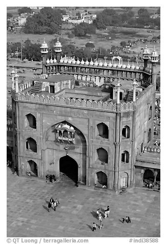 East Gate and courtyard from above, Jama Masjid. New Delhi, India