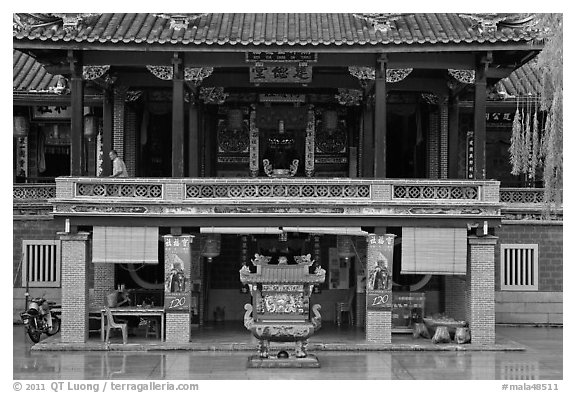 Hock Tik Cheng Sin Hokkien Temple. George Town, Penang, Malaysia (black and white)