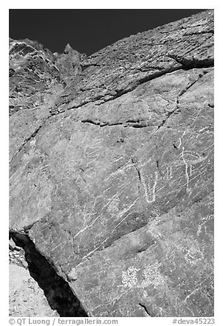 Native American petroglyphs, Titus Canyon. Death Valley National Park, California, USA.