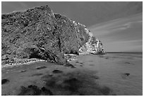 Turquoise waters with kelp, Scorpion Anchorage, Santa Cruz Island. Channel Islands National Park, California, USA. (black and white)