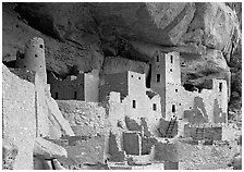 Ancestral pueblan dwellings in Cliff Palace. Mesa Verde National Park, Colorado, USA. (black and white)