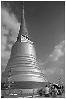 Chedi on top of Phu Kaho Thong. Bangkok, Thailand ( black and white)