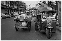 Foot vendor cart and tuk tuk. Bangkok, Thailand ( black and white)