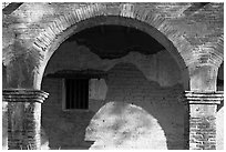 Arch in central courtyard. San Juan Capistrano, Orange County, California, USA (black and white)