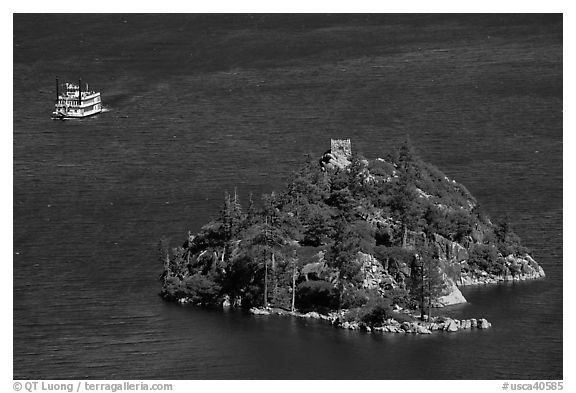 Paddle tour boat approaching Fannette Island, Emerald Bay, California. USA (black and white)