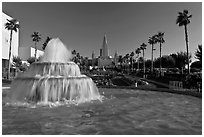 Fountain and Oakland mormon (LDS) temple. Oakland, California, USA ( black and white)