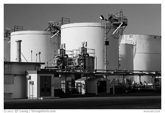 Oil tanks, Richmond. Richmond, California, USA