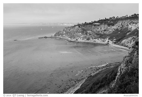 Cove seen from bluffs, Rancho Palo Verdes. Los Angeles, California, USA (black and white)
