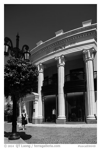 Woman shops near Rodeo Drive. Beverly Hills, Los Angeles, California, USA (black and white)