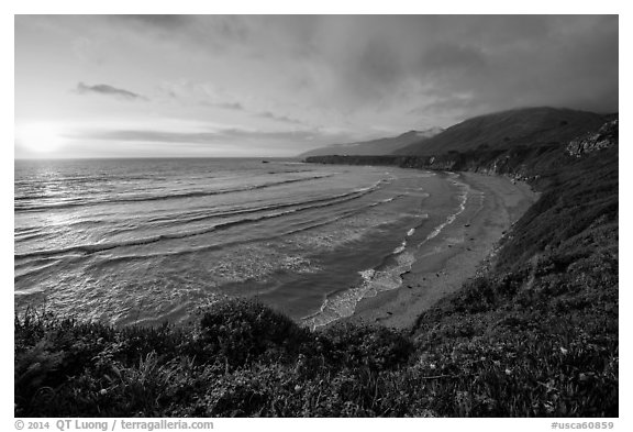 Sun setting, Sand Dollar Beach. Big Sur, California, USA (black and white)