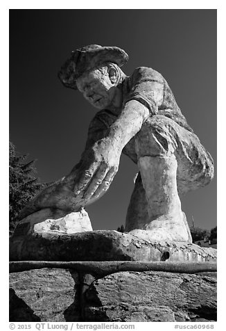 Statue of Claude Chana commemorating California gold rush, Auburn. Califoxrnia, USA (black and white)