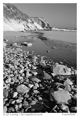 Pebbles, pool, and beach near Fort Bragg. Fort Bragg, California, USA (black and white)