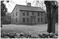 Ebenezer Fiske House in winter, Minute Man National Historical Park. Massachussets, USA ( black and white)