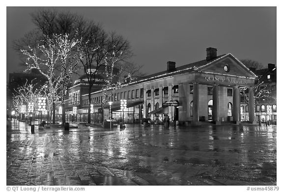 Lights and reflections at night, Quincy Market. Boston, Massachussets, USA