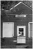 Old grocery. Wisconsin, USA (black and white)