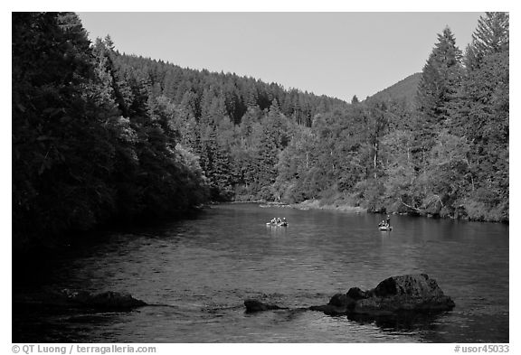 Boulders, McKenzie river, Ben and Kay Doris Park. Oregon, USA (black and white)