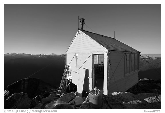 Hidden Lake Lookout, early morning, Mount Baker Glacier Snoqualmie National Forest. Washington (black and white)