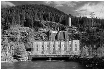 Diablo powerhouse. Washington ( black and white)