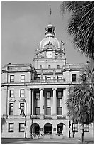 Savannah City Hall. Savannah, Georgia, USA ( black and white)