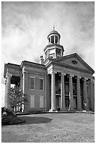 Old courthouse museum. Vicksburg, Mississippi, USA ( black and white)