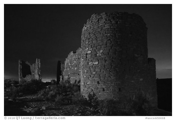 Hovenweep Castle at night. Hovenweep National Monument, Colorado, USA (black and white)