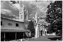 Old town plaza and San Felipe de Neri Church. Albuquerque, New Mexico, USA ( black and white)