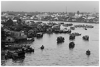 Cai Rang river market. Can Tho, Vietnam (black and white)