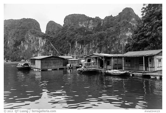 Vung Vieng village below karstic islands,. Halong Bay, Vietnam