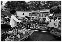 Floating market, Phung Diem. Can Tho, Vietnam (black and white)