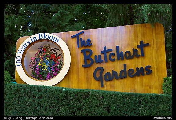 Entrance sign of Butchard Gardens. Butchart Gardens, Victoria, British Columbia, Canada