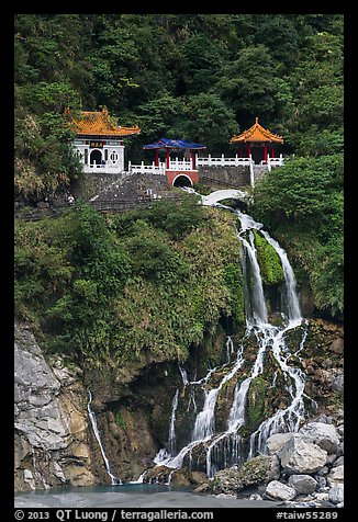 Changchun Shrine and waterfall. Taroko National Park, Taiwan
