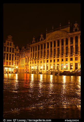 Grand Place at night. Brussels, Belgium