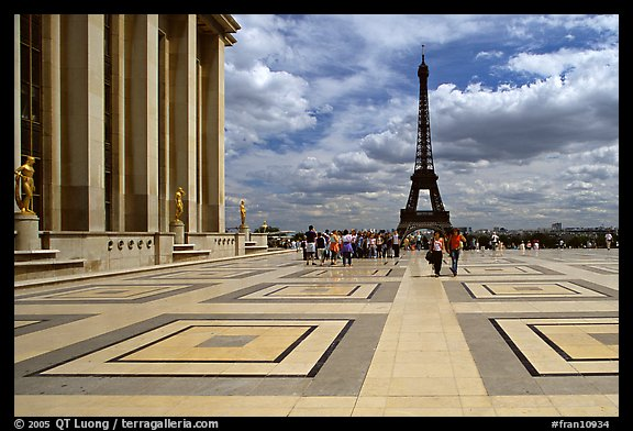 Eiffel tower seen from the marble surface of Parvis de Chaillot. Paris, France