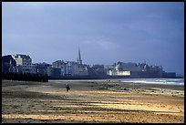 Beach and old town, Saint Malo. Brittany, France ( color)