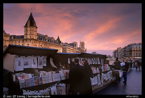 Bouquinistes (antiquarian booksellers) on the banks of the Seine. Paris, France (color)