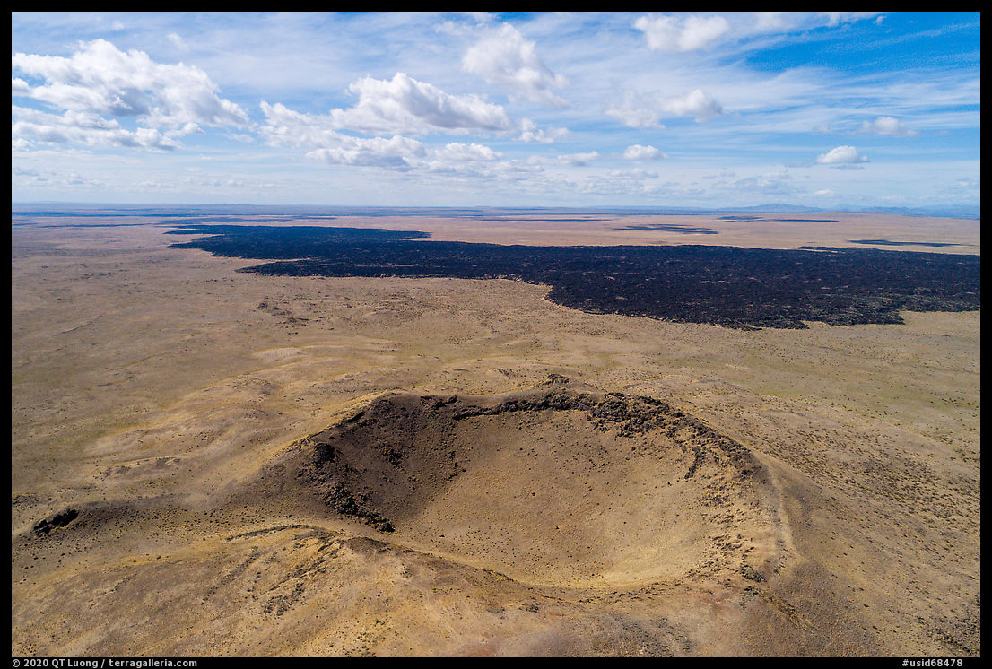 Aerial view of Bear Den Butte and Grassy Lava Flow. Craters of the Moon National Monument and Preserve, Idaho, USA