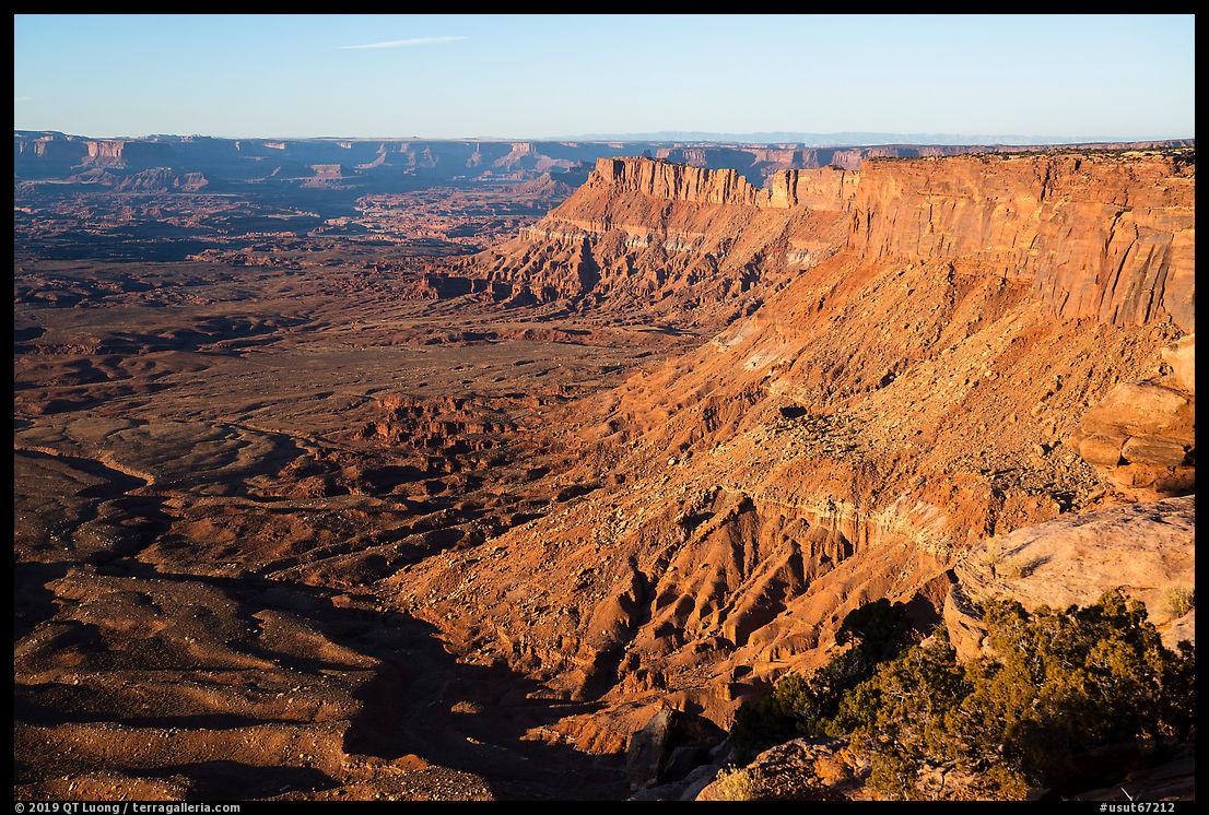 Lockhart Basin Canyon Rims from Needles Overlook. Bears Ears National Monument, Utah, USA