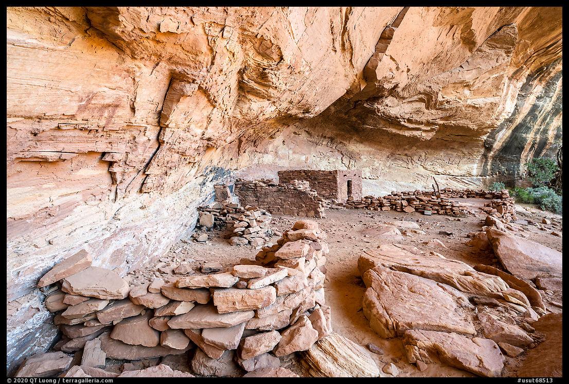 Ruins in alcove, Perfect Kiva complex. Bears Ears National Monument, Utah, USA
