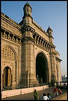 Gateway of India, early morning. Mumbai, Maharashtra, India ( color)