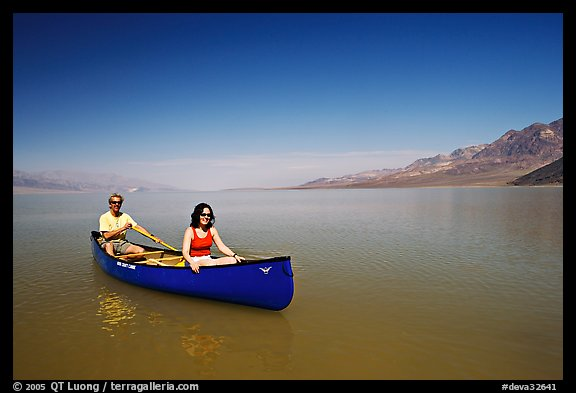 Canoeing in Death Valley after the exceptional winter 2005 rains. Death Valley National Park, California, USA.